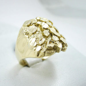 Extra Large 10K Yellow Gold Men's Nugget Ring 7.5 Grams Size 10 Diamond Cuts